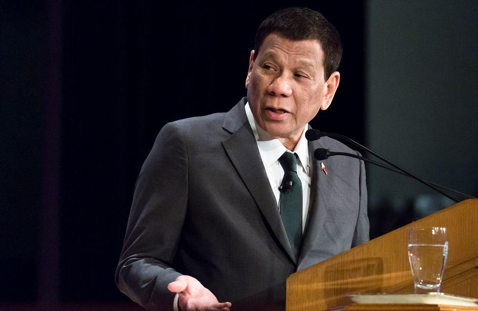Le président des Philippines considère l'homosexualité comme une maladie et choque