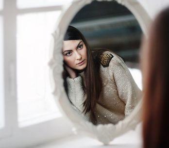 5 esercizi allo specchio per amare il proprio corpo!