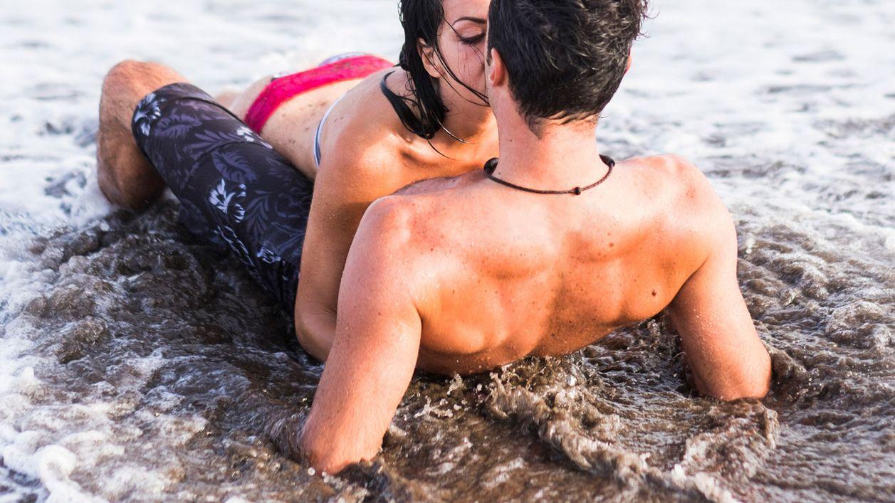 Bilder strand sex am Blowjobs und