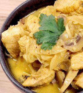Pollo al latte di cocco e curry: un piatto esotico e originale!