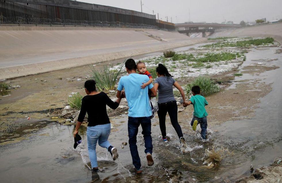 Un migrant et sa fille de 2 ans meurent noyés alors qu'ils tentent de rejoindre les États-Unis