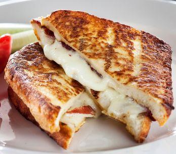 Croque monsieur con besciamella: la ricetta originale e veloce!