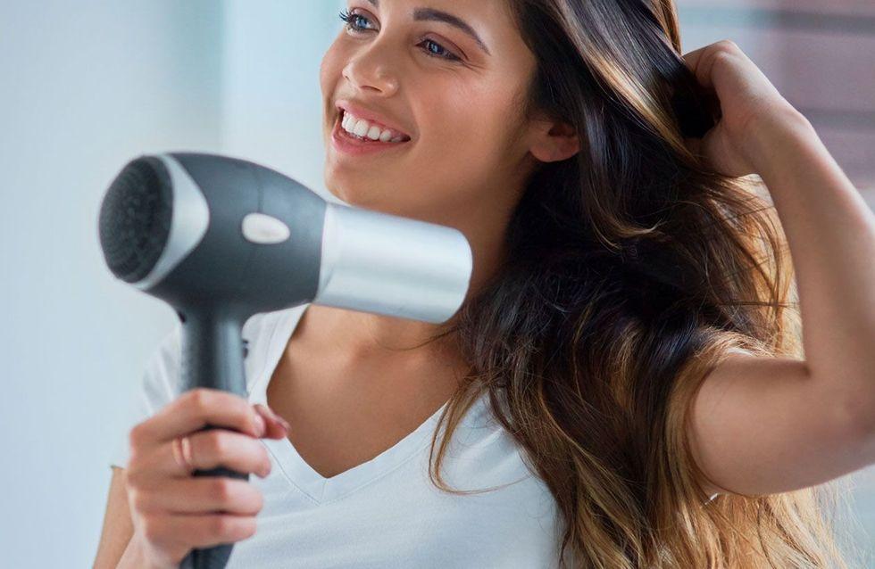 7 errores que todas cometemos al secarnos el pelo