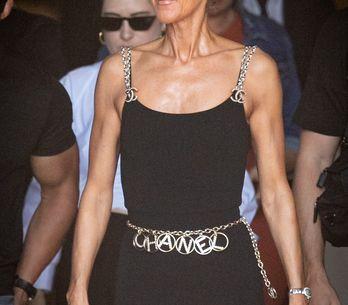 Céline Dion affronte la canicule dans une combinaison moulante signée Chanel
