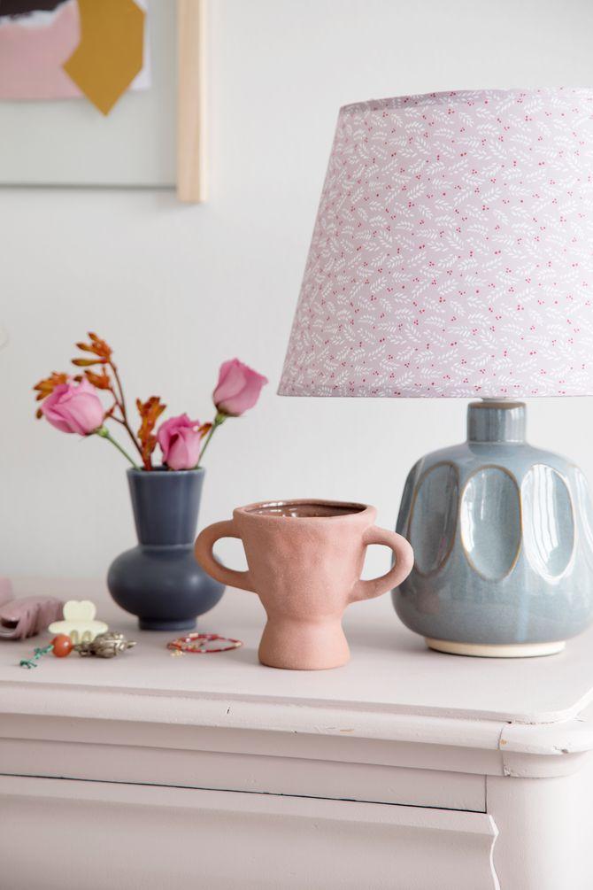 Lampe et pot en céramique