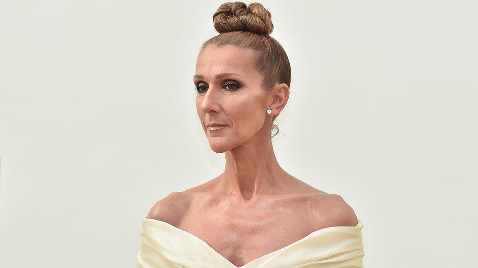 En mini-robe blanche, Céline Dion hypnotise la Fashion Week