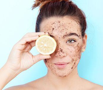 Gesichtspeeling-Test 2021: Diese Peelings sorgen für ebenmäßige Haut