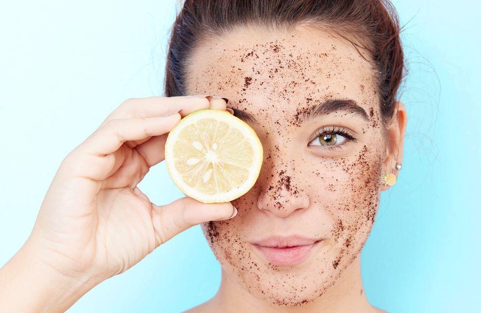 Gesichtspeeling Test 2020: Diese Peelings sorgen für ebenmäßige Haut