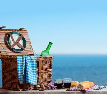 Pique-nique : on mange quoi sur la plage ?