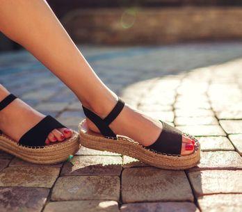 I sandali bassi più belli e comodi per l'estate