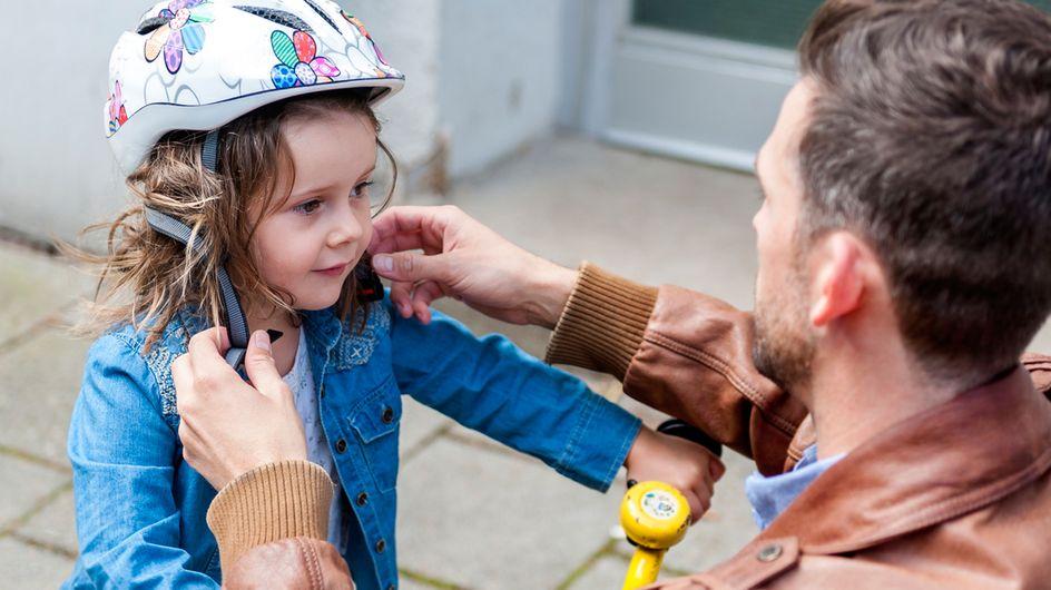 Sicher Fahrrad fahren: So schützt du dein Kind im Straßenverkehr