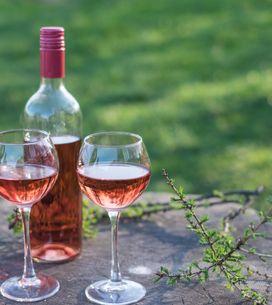 Comment faire un apéritif autour du rosé ?
