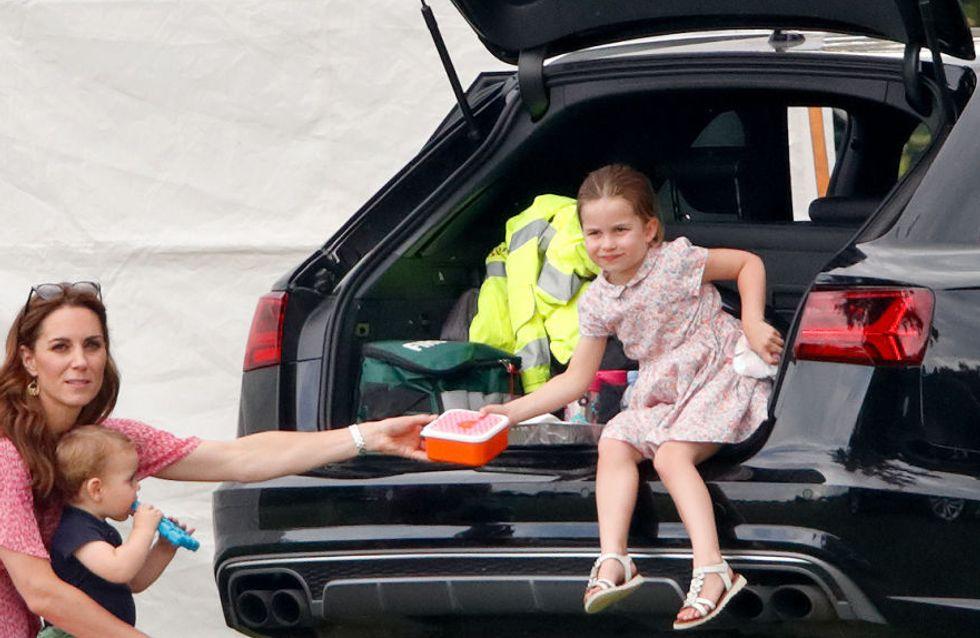 Le sac licorne de la princesse Charlotte qui fait fondre le public coûte moins de 5 euros !