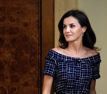 Letizia d'Espagne fait l'unanimité dans une robe Zara à moins de 20€