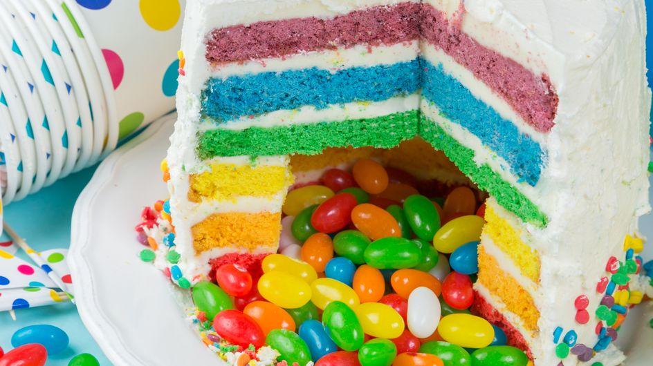 Anniversaire : comment faire un piñata cake ?