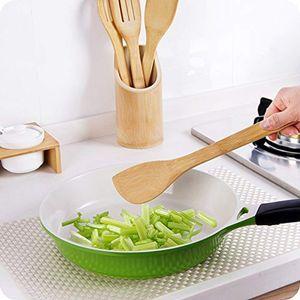 Lot de spatules et pot de rangement en bois