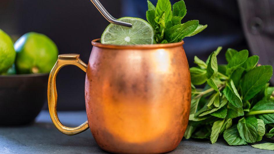 On s'équipe pour préparer ce nouveau cocktail ultra tendance : le Moscow Mule
