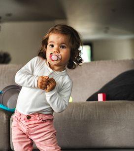 Comment faire arrêter la tétine à son enfant ? Les parents danois ont LA solutio