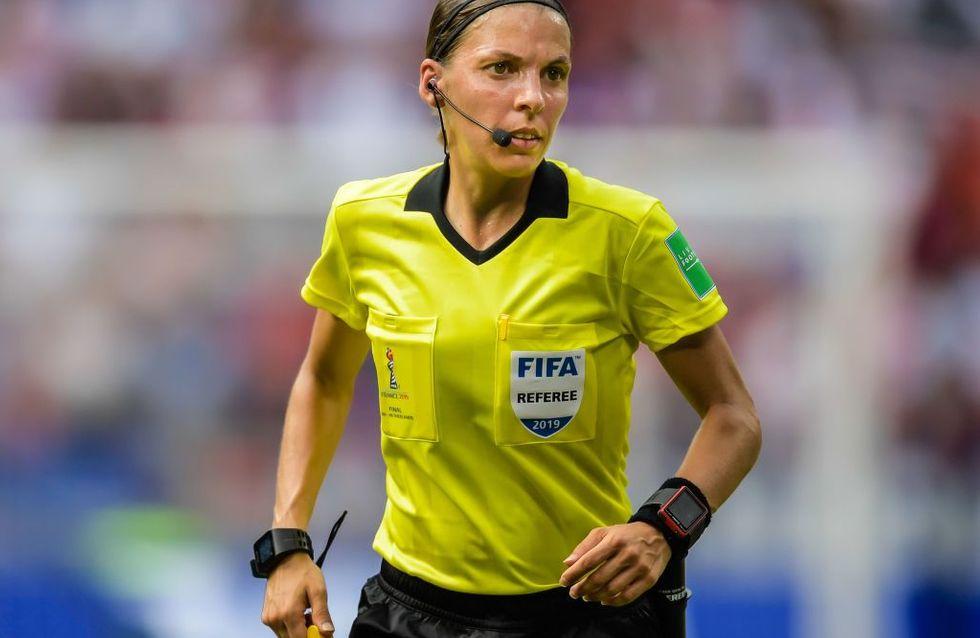 Historique ! Stéphanie Frappart devient la première femme arbitre d'un match masculin majeur