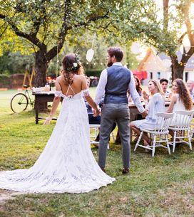 Gartenhochzeit: 11 Dinge, die ihr über die entspannte Hochzeit zuhause wissen mü