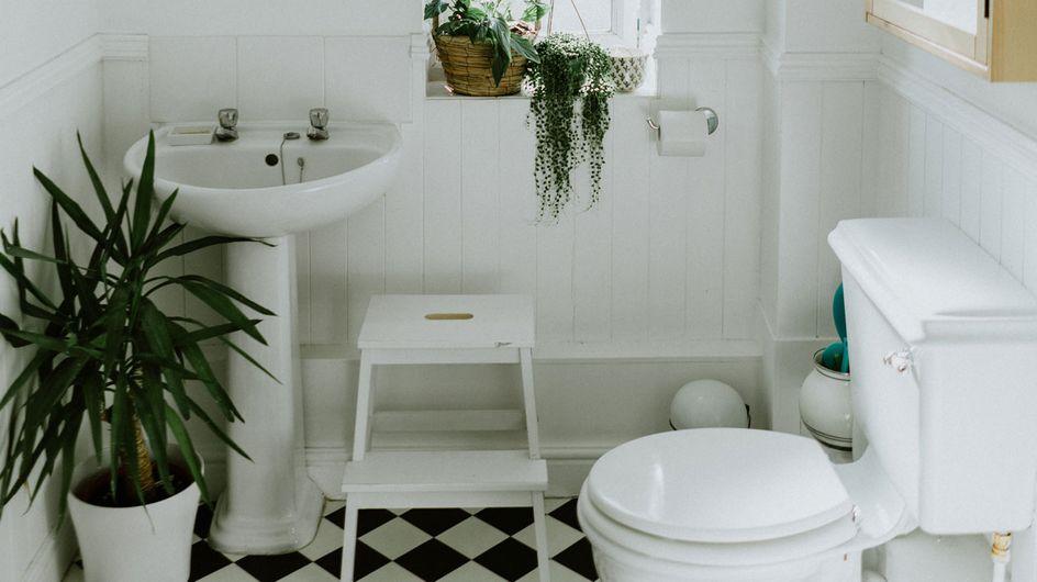 Kleines Bad einrichten: Mit diesen 8 Tricks wirkt es viel größer!