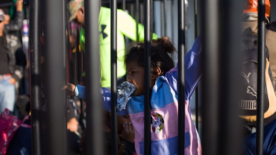 L'administration Trump veut détenir beaucoup plus longtemps les familles de migrants