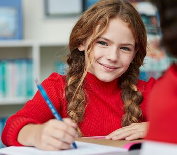 So wird Schule zum Erfolg: 7 Schritte, mit denen dein Kind das Lernen richtig le