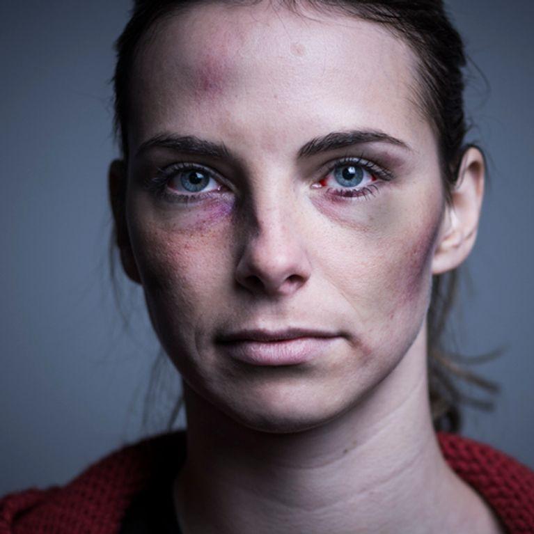 Le refus d'aide d'un gendarme crée le scandale — Violences conjugales