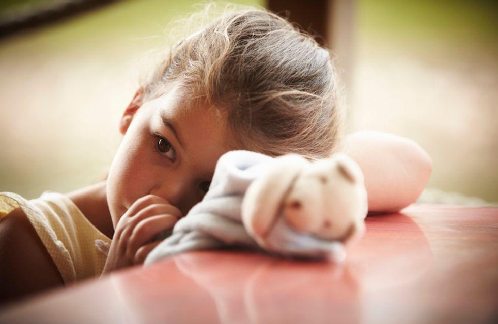 Ronger ses ongles et sucer son pouce serait bon pour la santé de l'enfant