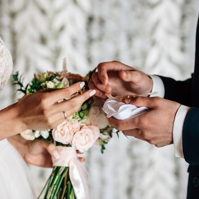 """Coiffure de mariage et schГ©ma de sa mise en Е""""uvre"""