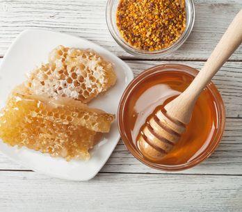 6 utilisations méconnues du miel pour la peau et les cheveux