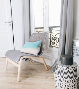 Petits espaces : 20 conseils d'experts pour agrandir visuellement mon salon