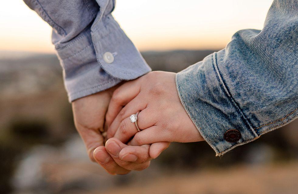 Romantisch, lustig & modern: Die 45 schönsten Gedichte & Sprüche zur Verlobung
