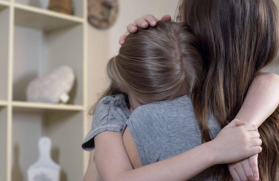 Elle saute du 3e étage avec sa fille pour échapper à son compagnon violent