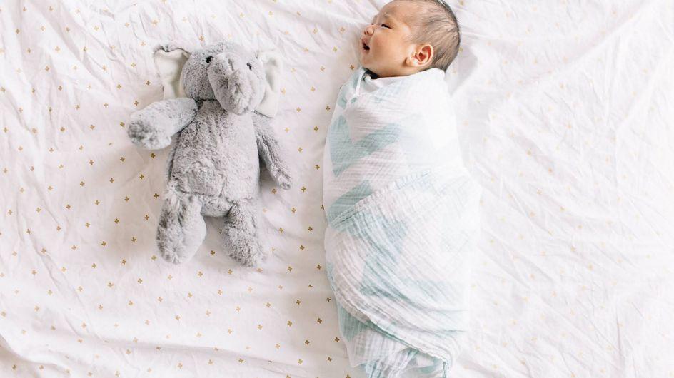 L'emmaillotage, une technique ancestrale qui rassure et apaise bébé