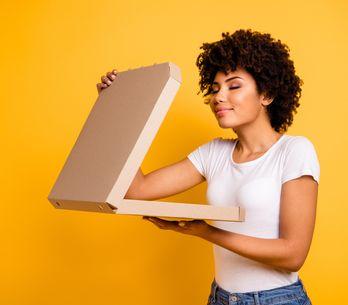 ¿Por qué el cuerpo te pide comida basura cuando no descansas bien?