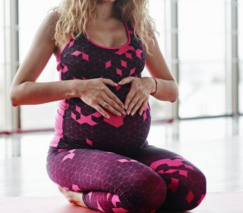 Yoga für Schwangere: Die besten Übungen für werdende Mütter