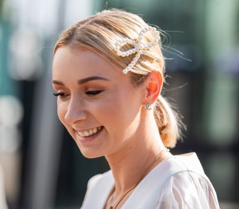 Les astuces à connaître pour éviter les cheveux électriques