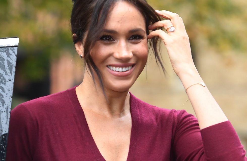 En jupe en cuir rouge, Meghan Markle nous donne une leçon de style