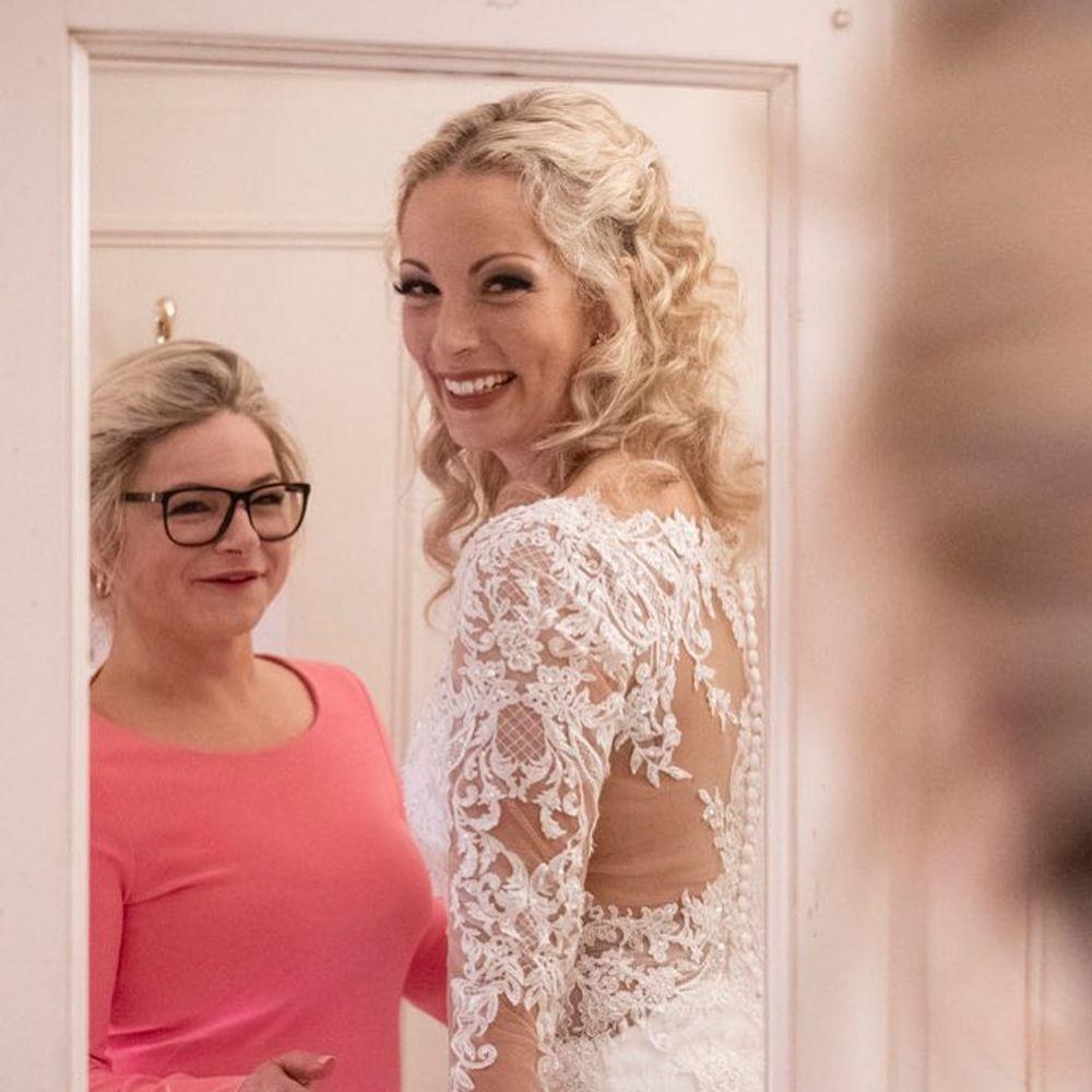 Hochzeit Auf Den Ersten Blick Ruhrendes Video Von Cindy Alexander