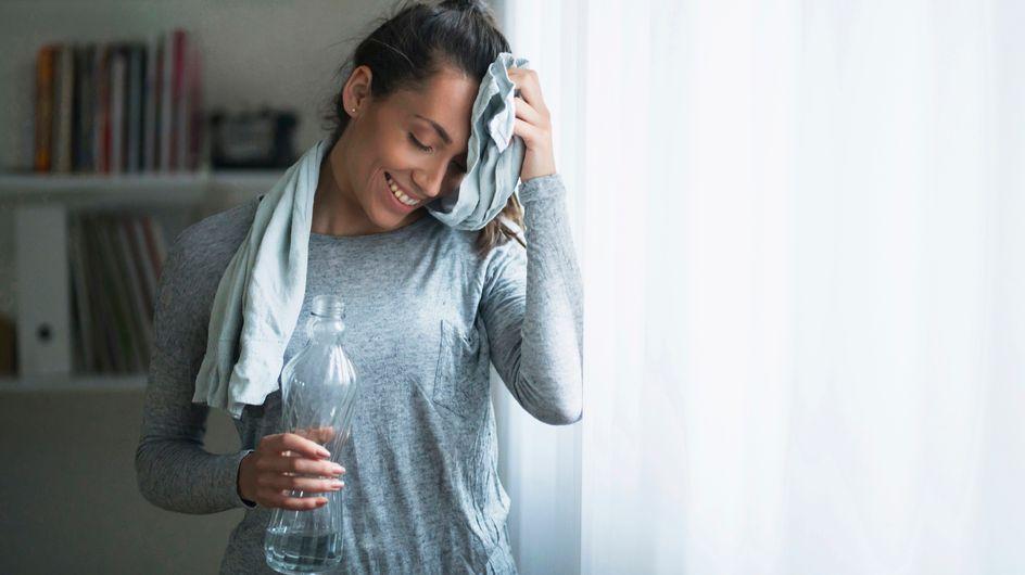 Rutina fitness: un entrenamiento completo de ejercicios en casa