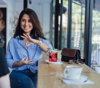 La langue des signes : pourquoi et comment l'apprendre ?