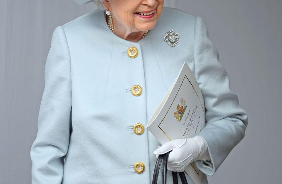 Elizabeth II tire un trait sur la fourrure animale