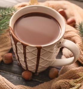 Recette d'un chocolat chaud maison avec de la pâte à tartiner (comme le Nutella)