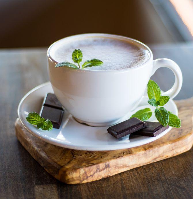 Recette du chocolat chaud maison à la menthe
