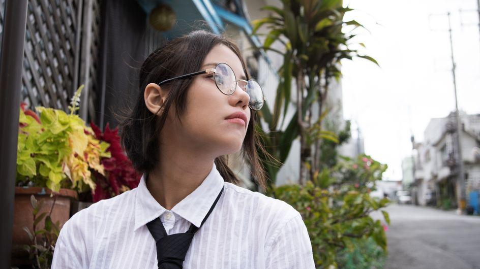 Lucha feminista: las japonesas se enfrentan a las empresas que les prohíben llevar gafas