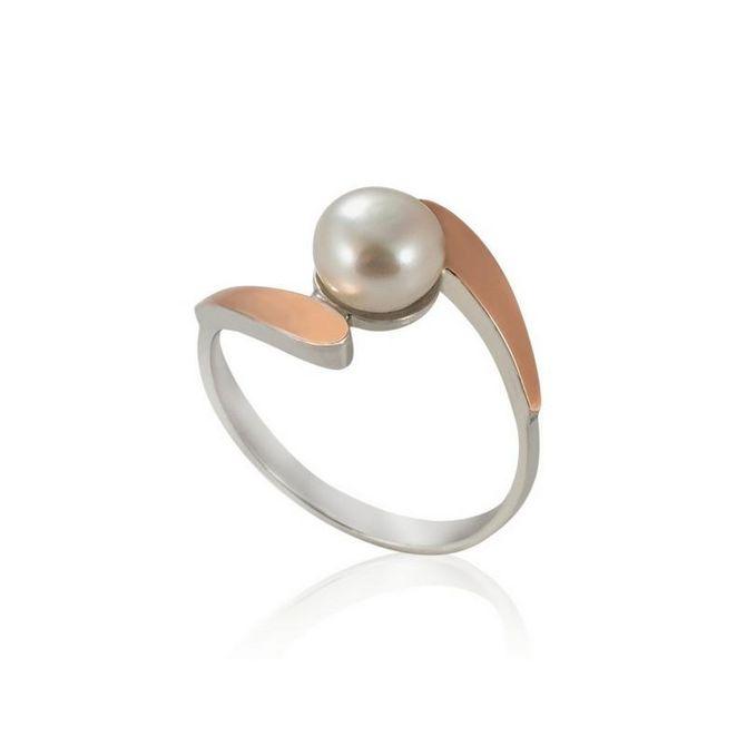 Anillo de plata con perla de Gran Joyería