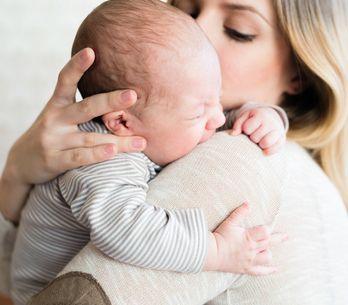 Vomito nel neonato: le cause, i rimedi e quando preoccuparsi