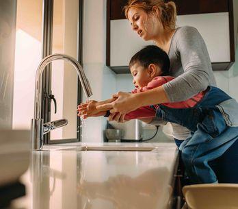 Bien se laver les mains : les trucs et astuces qui marchent avec les enfants
