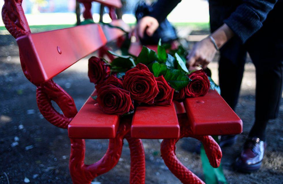 Tiziana Cantone: una panchina rossa per ricordarci che non siamo sole